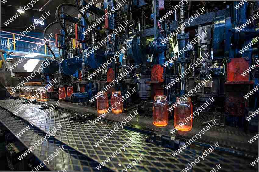 کارخانه بلور و شیشه کاوه